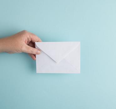 Onderscheidend zijn met persoonlijke aanbiedingen per post wordt gewaardeerd