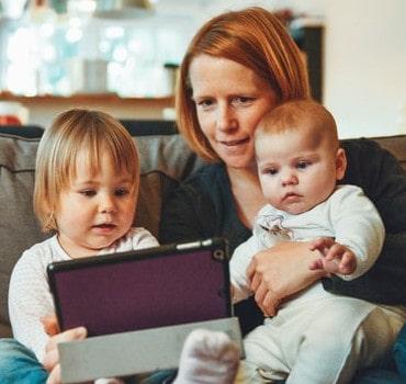 Werkgevers worstelen met beleid ten aanzien van thuiswerkende werknemers met kinderen
